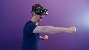 The Most Profitable Niches for Affiliate Marketing - Virtual Reality
